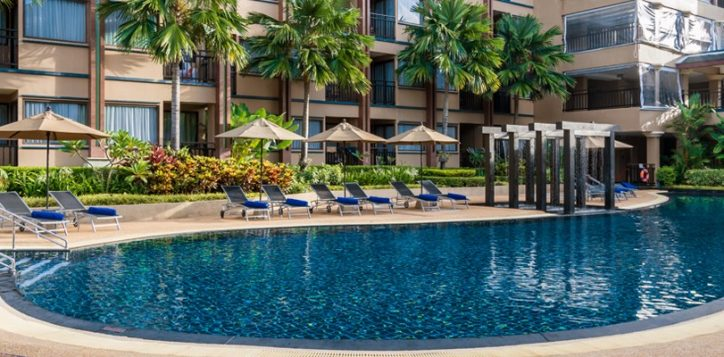 novotel-phuket-vintage-park-spa-promotion-july-head-to-toe