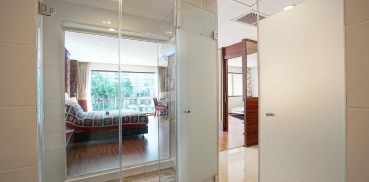 room-suite-07-2